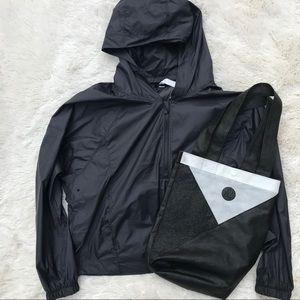 Lululemon Athletica Half Zip Jacket Size 12 w/bag